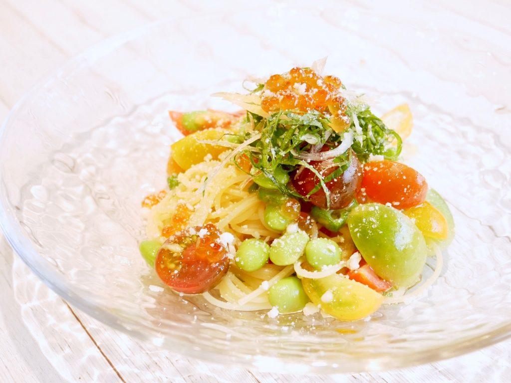 夏野菜といくらの冷製彩りパスタ
