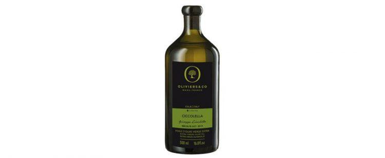 イタリア産エキストラバージンオリーブオイル「チコレッラ」。緑茶のような香りに、苦味と辛味のあるストロングテイストの味わい。