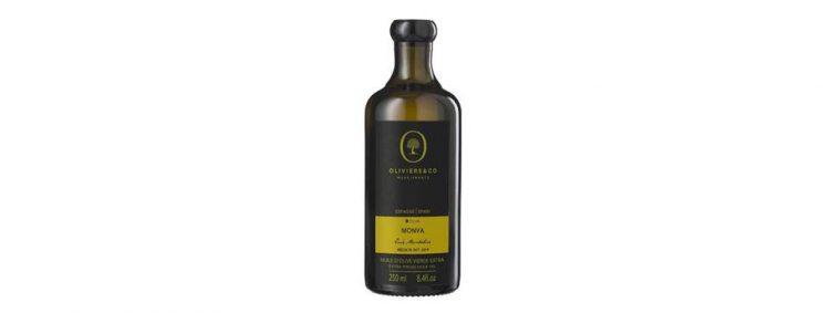 スペイン産エキストラバージンオリーブオイル「モンヴァ」。刈りたての草の香りのグラッシー味わいが特徴的。